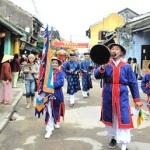 Du lịch tìm hiểu lễ rước Long Chu – Hội An