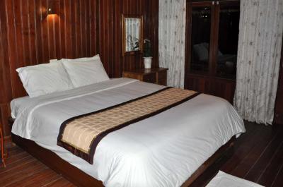 Monkey Island Resort Cát Bà