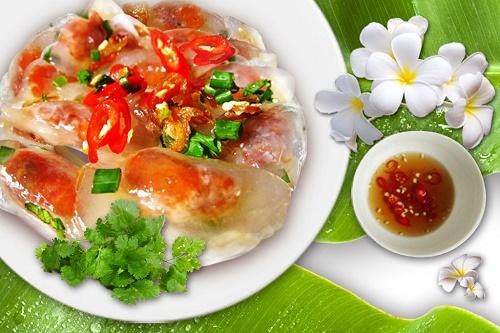 Học lỏm cách làm bánh bột lọc Quảng Bình