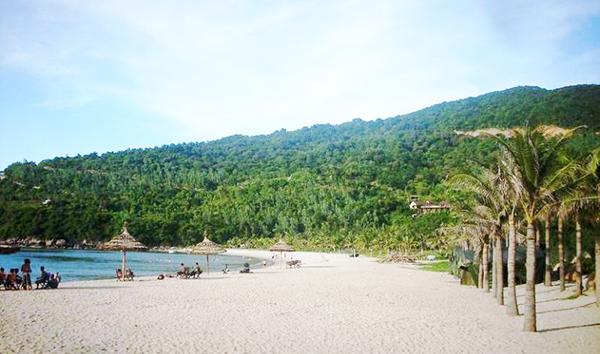 Các bãi tắm ở bán đảo Sơn Trà với nét đẹp hoang sơ