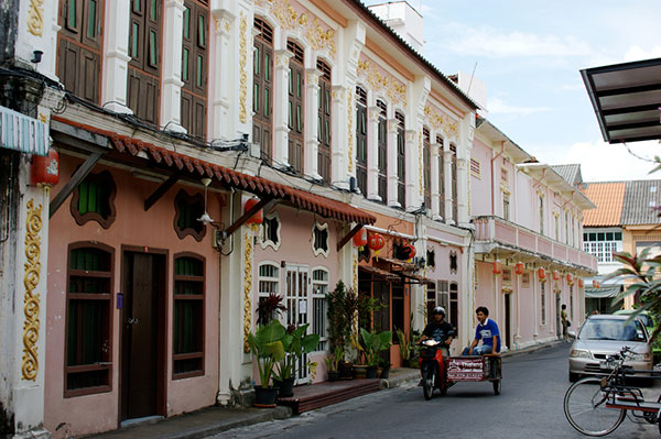 Khám phá thành phố cổ giữa Phuket