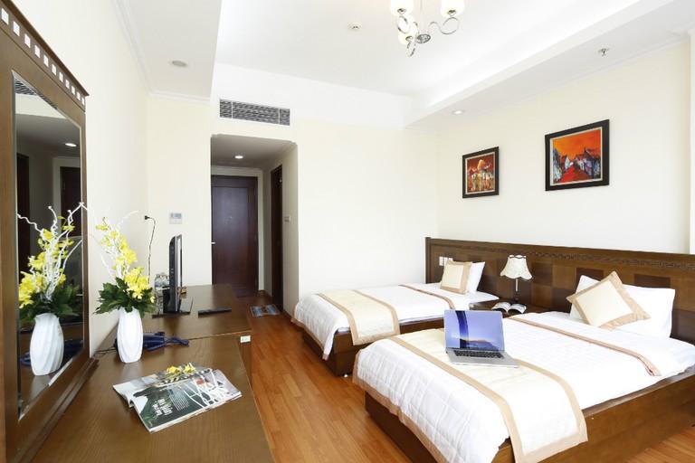 Phòng khách sạn tiện nghi sang trọng và thoáng đãng