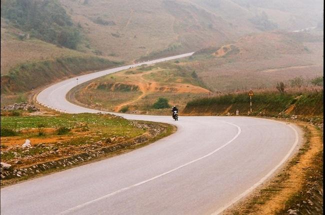 Khám phá những con đường Mộc Châu